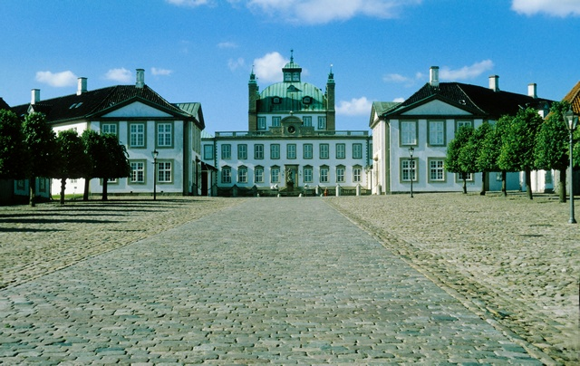 Fredensborg Slot photo