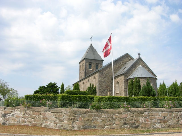 Klemensker Kirke photo