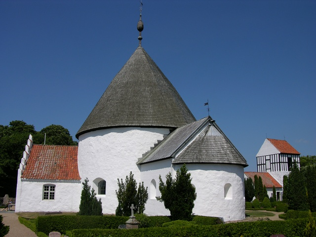Nyker Rundkirke photo