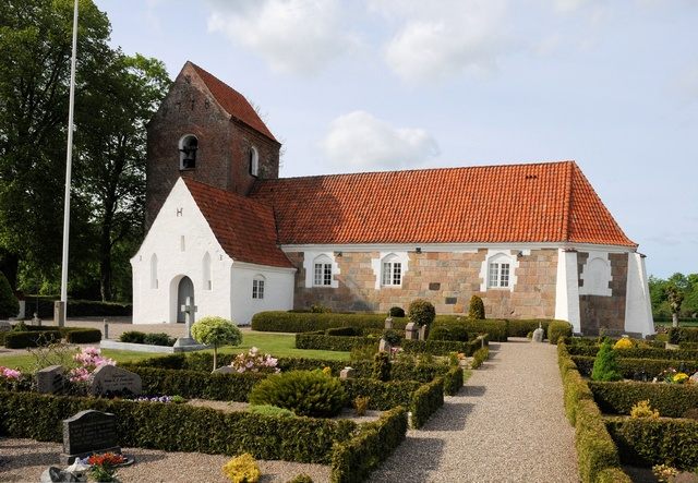 Toestrup kirke photo