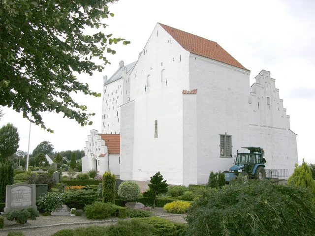 Voer Kirke photo